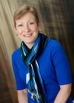 Elizabeth McKenna Author pic